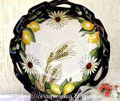 Ceramic plate with three handles, hand painted with lemons #Majolica #Italy http://ceramicamia.blogspot.it/