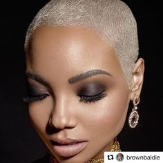 This bald woman is absolutely stunning! Keisha Brown-Baldie ( This bald woman Natural Hair Short Cuts, Short Natural Haircuts, Short Hair Cuts, Natural Hair Styles, Short Blonde Pixie, Short Sassy Hair, Short Grey Hair, Black Pixie Haircut, Shaved Hair Designs