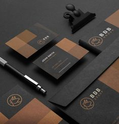 Business Cards Layout, Professional Business Card Design, Luxury Business Cards, Minimalist Business Cards, Modern Business Cards, Business Card Logo, Business Design, Creative Business, Graphic Design Branding