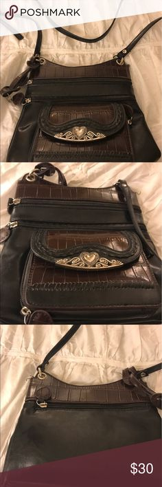 Cute cross body bag This is a really cute cross body bag that makes a statement and leaves your hands free' Excellent condition! Bags Crossbody Bags