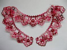 beautiful tatted collar! Tatting Necklace, Tatting Jewelry, Crochet Necklace, Needle Tatting, Tatting Lace, Tatting Patterns, Crochet Patterns, Peter Pan Necklace, Collar Pattern