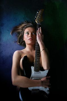 Learn to play the beginning guitar with these straightforward techniques. Trying to play a guitar is straightforward to master, and may open up countless musical doors. Guitar Pics, Guitar Art, Music Guitar, Cool Guitar, Violin, Photography Women, Portrait Photography, Acoustic Guitar Photography, Female Guitarist