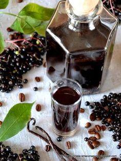 Smaczna Pyza: Likier z owoców czarnego bzu