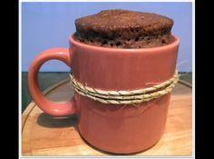 Receita de Bolo de Caneca de Chocolate tradicional (cupcake) - bolo de caneca tradicional, essa receita foi feita visando a cremosidade do bolo, se você fez certo, ele ficara cremoso e não parecendo uma...