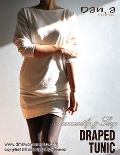 ♥Innocent & SEXY DRAPIERTEN TUNIC♥ (PDF-MUSTER UND ANLEITUNGEN) -Mini-Kleid, Tunika, Kimono-Ärmeln, leicht locker Top - Tragekomfort  ♥Mutli Größe Muster! Größen enthalten sind XS-S-M-L-XL♥  Diese unschuldig und sexy Tunika kann als ein Top oder ein Mini-Kleid getragen werden. Es hat einen Kimono-Ärmeln mit angepassten Manschetten mit einem einfach zu locker Top zu tragen. Schön drapiert Rock gesammelt mit set-in Falten an der Seite, mit montierten Saum. Dies könnte mit einem großen paar…