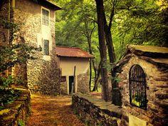 Ancient Lane, Ciaè, Italy   photo via molly