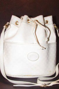 351838be3 Gucci Drawstring Top Bucket Style Classic Style Cc/Leather Satchel in white  small G logo