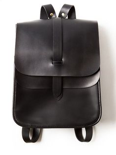 Handmade Leather Backpack Women Backpack Casual Backpack •Adjustable shoulder strap. •Leather lining •Brass hardware. •Length: 25cm; Height: 29.5cm; Width: 10cm; •Color: Red/Black