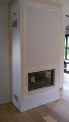 Po le bois avec protection murale d corative confort for Coffre a bois cheminee