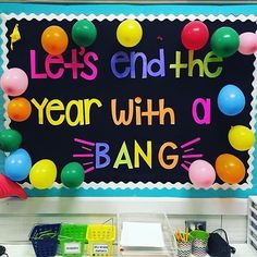 End the school year with a bang using these creative bulletin board designs! Check out these ideas to turn the last days of school into a fun activity for your students. Spring Bulletin Boards, Classroom Bulletin Boards, Classroom Displays, School Classroom, Classroom Ideas, Future Classroom, Classroom Countdown, Kindergarten Classroom, Summer Bulliten Board Ideas