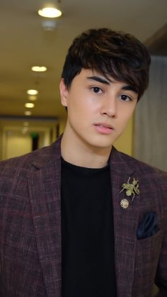 EDWARD BARBER Pinoy, All About Fashion, Kos, Cute Boys, Crushes, Style Inspiration, Actresses, Actors, Memes Humor