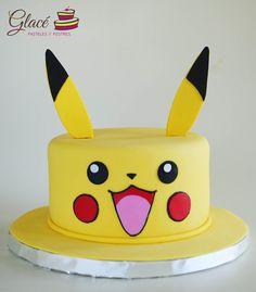 Pokemon Birthday Cake, Pokemon Party, Pikachu Cake, Beautiful Birthday Cakes, 10th Birthday Parties, How Train Your Dragon, Baby Party, Fondant Cakes, Projects For Kids