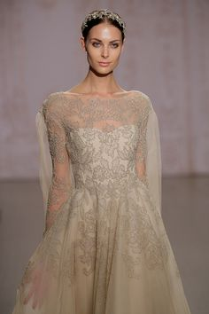 Abiti da sposa Monique Lhuillier al New York Bridal fashion show fall 2015
