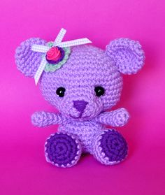 Amigurumi Teddy Bear - free crochet pattern and tutorial Knitted Teddy Bear, Crochet Teddy, Crochet Bear, Cute Crochet, Crochet Animals, Teddy Bears, Crochet Baby Toys, Crochet Dolls, Amigurumi Patterns