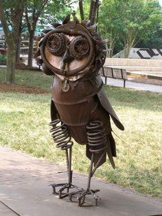 Scrap metal owl - wonderful garden junk art