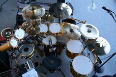 Sabian + gold hardware + cool aux toms + drum machine //;