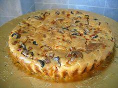Reteta culinara Aperitiv tarta cu legume si branzeturi din categoria Aperitive / Garnituri. Cum sa faci Aperitiv tarta cu legume si branzeturi
