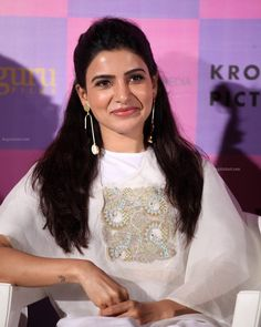 Samantha In Saree, Samantha Ruth, Best Camera For Photography, Cutwork Blouse Designs, Function Dresses, Samantha Images, Indian Actress Hot Pics, Actor Photo, Beautiful Girl Photo