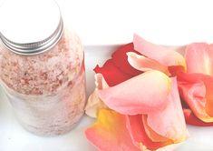 DIY Relaxační růžová sůl do koupele - VIDEO Návod na přípravu Showers, Bath, Instagram, Bathing, Bathrooms, Bath Tub, Bathroom
