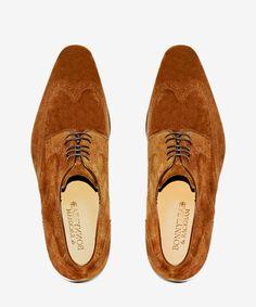Zapato Ante Marrón Claro Picado. 107,00€ en Tienda 215€
