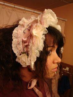 Misselthwaite Manor: Bonnet vs.Bonnet (half bonnet tutorial with headband inside)