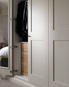 Simple shaker. Definitely my favourite style of wardrobe. #handmade #bespoke #beautiful #shaker #shakerdoors #wardrobes #bedrooms…