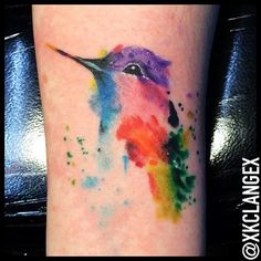 Watercolor Hummingbird by KC Lange @ Old Gold Tattoo in Bellingham, WA. Another beautiful watercolor Hummingbird tattoo. Mädchen Tattoo, Gold Tattoo, Lace Tattoo, Neue Tattoos, Music Tattoos, Body Art Tattoos, Tatoos, Tiny Bird Tattoos, Flower Tattoos