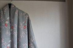 Grey floral silk vintage Japanese kimono by WildRosebudDesigns, $125.00