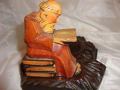 VINTAGE WOOD CARVED MONK READING FIGURE ON A WOODEN PLATFORM