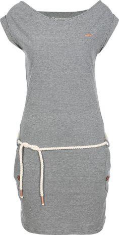 Wie wunderbar maritim ist denn bitte dieses Tag A Organic Kleid von Ragwear? Die…