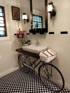 Πρωτότυπη διακόσμηση μπάνιου με ποδήλατο που δε χρησιμοποιείτε !
