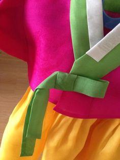 2014.08.30 21:44 작성시작홍대 마켓에서의 인연으로 돌복을 의뢰 받았다. 그동안 선물용으로 편하게 만들... Dresses, Patterns, Fashion, Vestidos, Block Prints, Moda, Fashion Styles, Dress, Fashion Illustrations