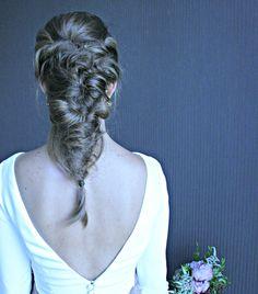 "www.marysue.es  ""Nunca Jamas"" Backless, Statue, Dresses, Art, Fashion, Scissors, Faeries, Vestidos, Art Background"
