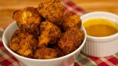 bob-the-chef-recipe-wings-cauliflower-dip honey-mustard-tabasco-sports-lounge superbowl hockey Wing Recipes, Chef Recipes, Cooking Recipes, Finger Food Appetizers, Finger Foods, Vegan Cauliflower Wings, Sauce Au Miel, Honey Mustard, Tandoori Chicken