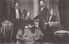 König Maximilian II. mit Familie