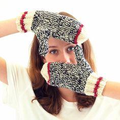 Sock Monkey Mittens by Knitca - knitting pattern in PDF Crochet Mitts, Knitted Mittens Pattern, Knit Mittens, Knitted Gloves, Knit Or Crochet, Loom Knitting, Free Knitting, Baby Knitting, Knitting Patterns