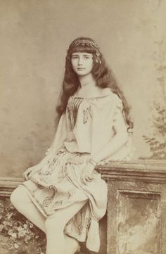 antique-royals:  A young french actress Cleo de Merode