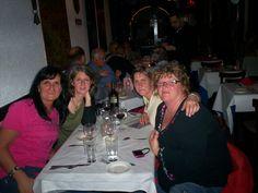 souper de fête à Annie  à New York à la pergolas des artistes petit bistrot français  très recommendable !!
