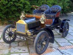 1904 Oldsmobile Roadster - (Oldsmobile Motors division of General Motors Corp, Lansing, Michigan 1897- 2004)