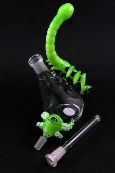 "Mako Slime ""Scorpian"" Stand Up Bubbler"