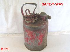 VINTAGE COOL OLD SAFE-T-WAY GAS OIL CAN COOPER IND. AUTOMOTIVE MANCAVE PIECE