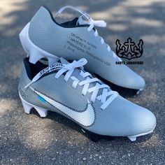 Nike Cleats, Off White, Concept, Grey, Shoes, Instagram, Fashion, Nike Soccer Cleats, Gray