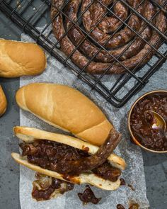 Full recipe, ingredients list and steps for Jan Braai's Monkeygland Boerewors Rolls. Braai Recipes, Beer Recipes, Recipies, Camping Dishes, South African Recipes, Rolls Recipe, Creative Food, Chutney, Food Dishes