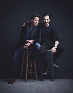 Chris evans' avengers co-star robert downey jr., took a moment to hono Marvel Dc, Marvel Actors, Marvel Memes, Steve Rogers, Robert Downey Jr., Robert Evans, The Avengers, Die Rächer, Wattpad