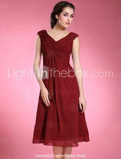 Sheath/ Column V-neck Knee-length Chiffon Matte Satin Mother of the Bride Dress - US$ 89.99