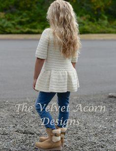 GANCHILLO PATTERN-The Script Jersey 2/3 4/5 6/7 por Thevelvetacorn Crochet Girls, Crochet For Kids, Crochet Baby, Knit Crochet, The Script, Velvet Acorn, Knitting Patterns, Crochet Patterns, Baby Sweaters
