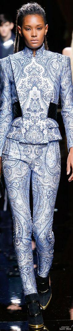 Balmain from Menswear Fall 2016 ✏✏✏✏✏✏✏✏✏✏✏✏✏✏✏✏  FʀᴇɴᴄʜVɪɴᴛᴀɢᴇJᴇᴡᴇʟʀʏ   ☞ https://www.etsy.com/shop/frenchjewelryvintage?ref=l2-shopheader-name ══════════════════════  Gᴀʙʏ﹣Fᴇ́ᴇʀɪᴇ Jᴇᴡᴇʟʀʏ ☞ https://www.alittlemarket.com/boutique/gaby_feerie-132444.html ✏✏✏✏✏✏✏✏✏✏✏✏✏✏✏✏