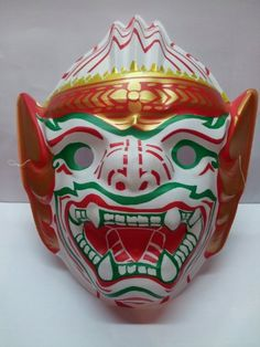 Thai Hanuman Costume Mask AmPm Siam http://www.amazon.com/dp/B009MZY7VM/ref=cm_sw_r_pi_dp_8-e8vb1EFV46X