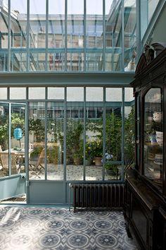 Style atelier, verrière et carreaux de ciments.... what I love