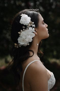 REMBRANT | Floral bridal hair piece 1 Headpiece Wedding, Wedding Veils, Bridal Headpieces, Bridal Hair, Romantic Hairstyles, Wedding Hairstyles For Long Hair, Cream Wedding, Bridal Looks, Hair Piece